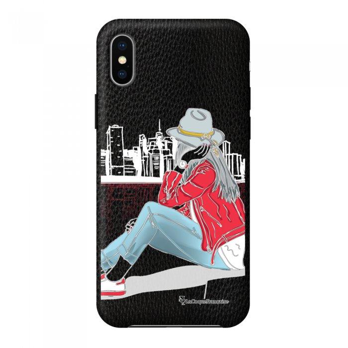 Coque iPhone X/Xs effet cuir grainé noir Chapeau femme plumes Design La Coque Francaise
