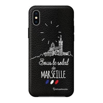 Coque iPhone X/Xs effet cuir grainé noir Sous le soleil de Marseille Design La Coque Francaise