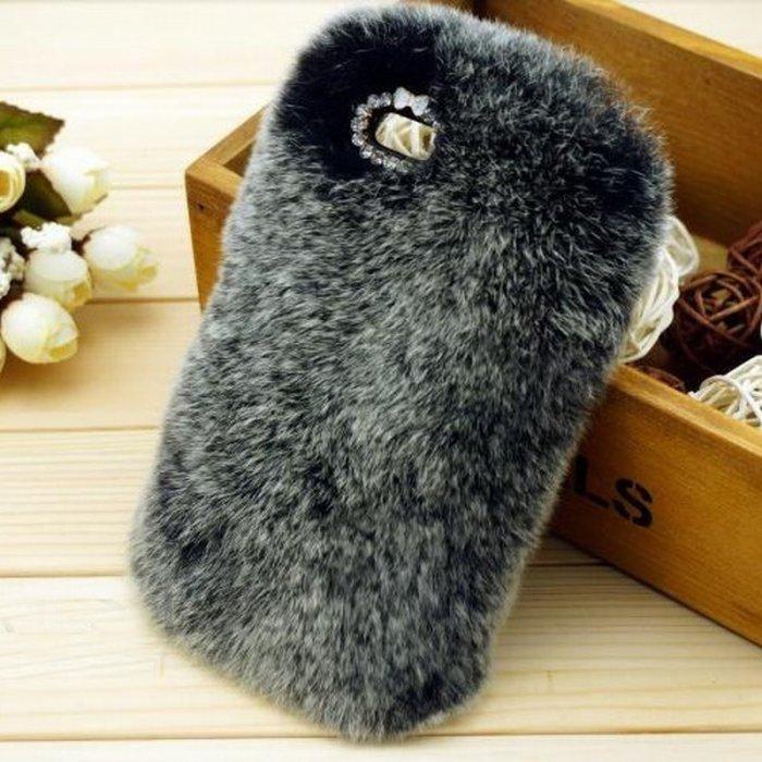 coque fourrure veritable lapin noire blanche iphone 5 5s